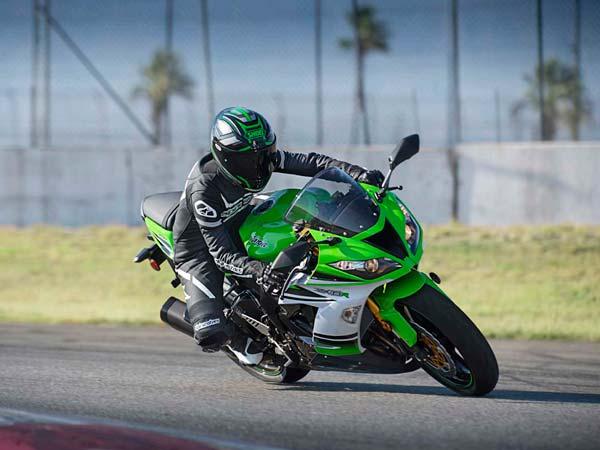 kawasaki ninja zx-6r launching in india during 2015 - drivespark