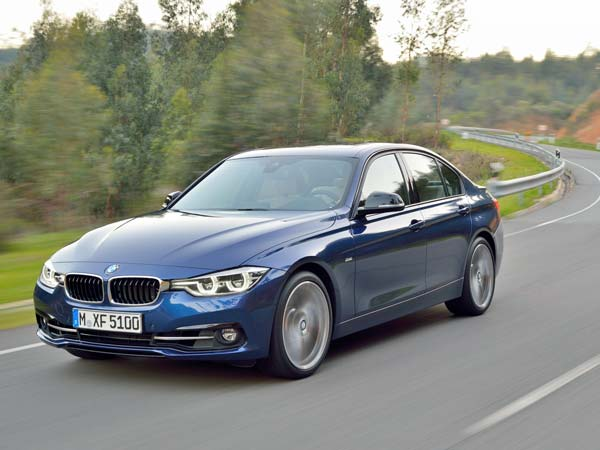 The 3 Series Is BMWs Most Popular Vehicle Internationally As Well As In  India. This Premium Sedan Is A Hot Seller In India And The German  Manufacturer Will ...