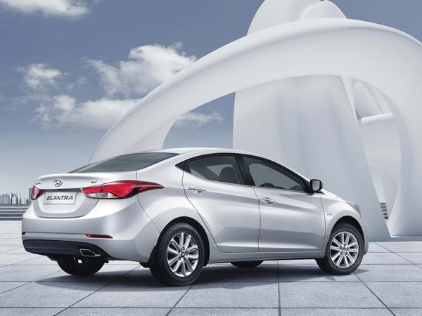 hyundai 2015 elantra specification