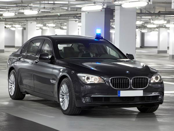 Mukesh Ambani Spends Over Inr 8 Crore On An Armoured Bmw 7 Series