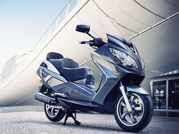 mahindra peugeot scooter india plan