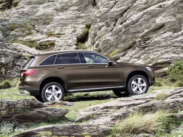 Mercedes-Benz GLC SUV Makes Its Global Debut!