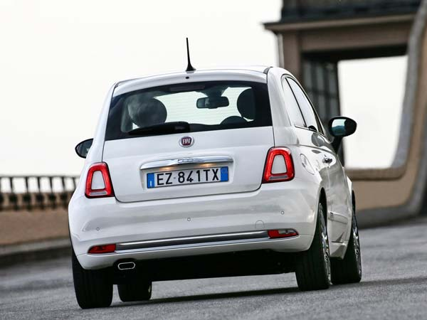 Fiat Unveils Its All-New 500 Model For 2016!