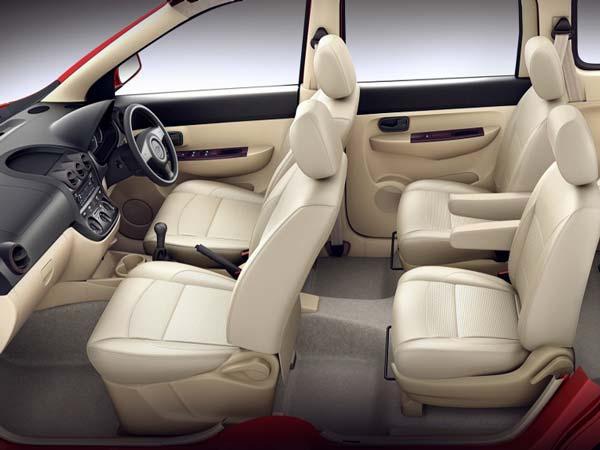 chevrolet enjoy receives 2015 facelift is priced at inr 6 24 000 drivespark news. Black Bedroom Furniture Sets. Home Design Ideas