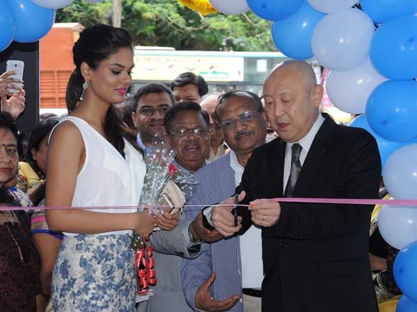 yamaha inaugurate two showrooms bangalore
