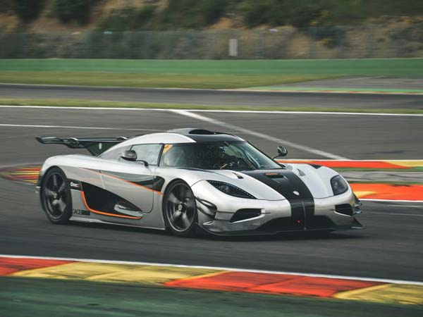 koenigsegg one 1 lap record at spa