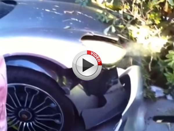 porsche 918 spyder crash porsche 918 spyder crash in shanghai china 07 porsche 918 spyder. Black Bedroom Furniture Sets. Home Design Ideas