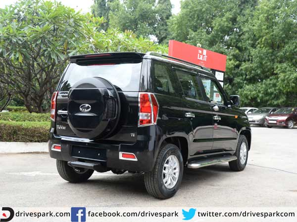 mahindra tuv 300 features