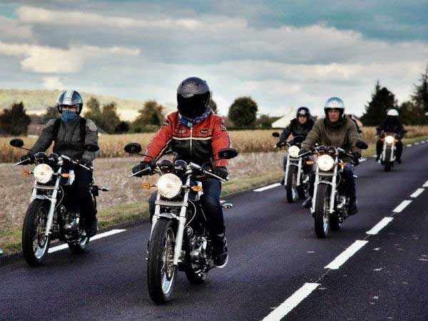 royal enfield motorcycle riders