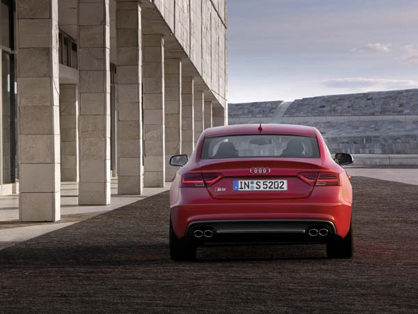 audi s5 sportback rear profile