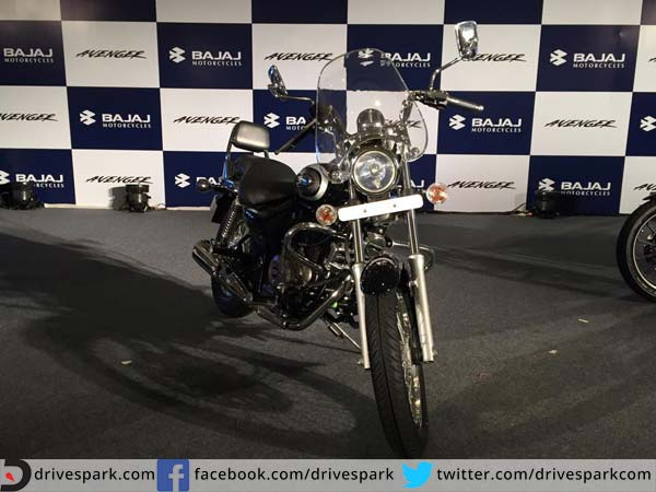 bajaj avenger features