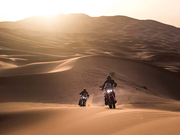eicma 2015 honda africa twin action shot wallpaper
