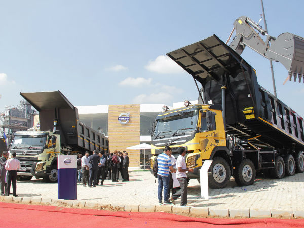 volvo trucks at excon