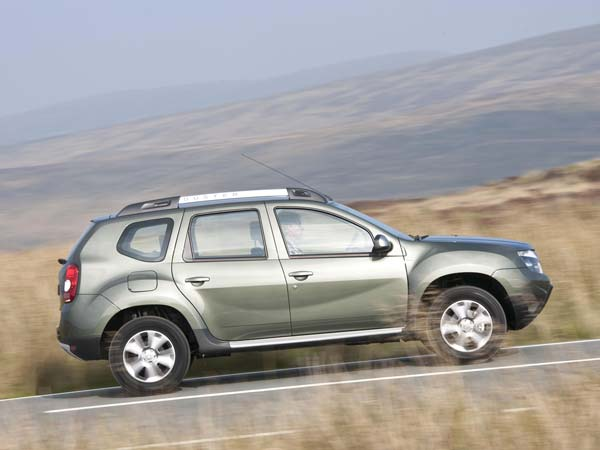2016 renault duster india side profile