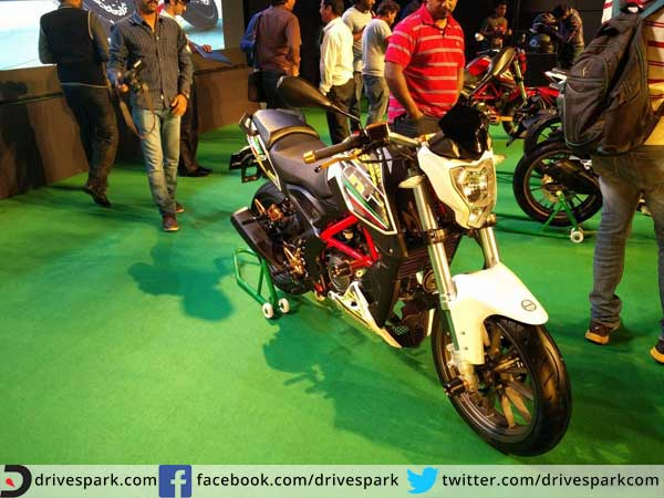 benelli tnt25 launched in india front details