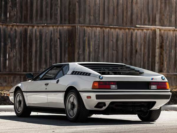 bmw m1 rear profile