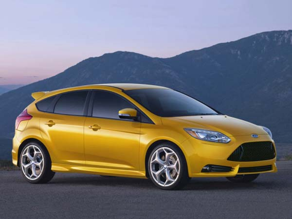ford recalls 9.885 cars