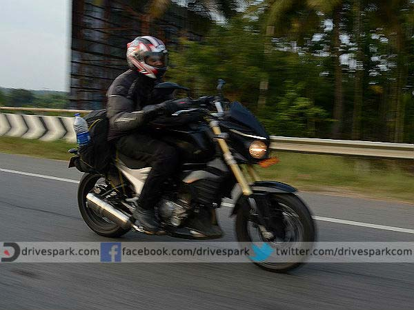 top 10 most engaging facebook posts mahindra mojo spy shot