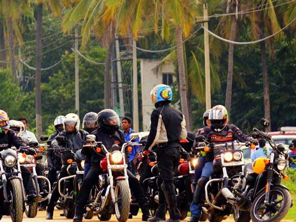 tusker harley bangalore chapter ride to give