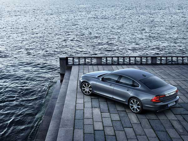 volvo s90 top view