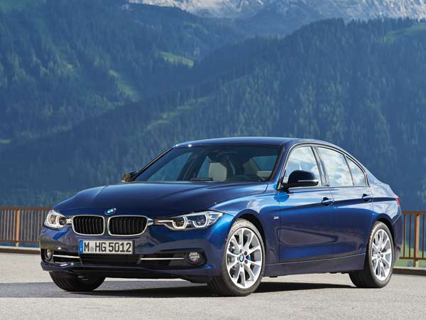 bmw launches car sharing service in the united states drivespark. Black Bedroom Furniture Sets. Home Design Ideas