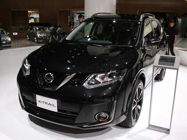 nissan x trail to be showcased at 2016 auto expo drivespark. Black Bedroom Furniture Sets. Home Design Ideas