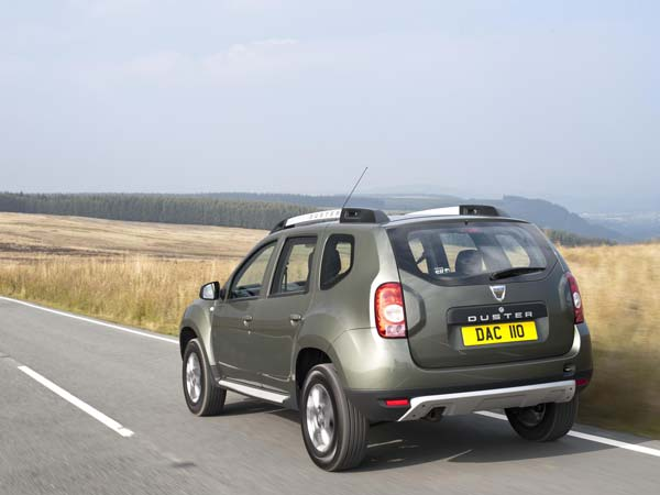 renault new duster rear profile