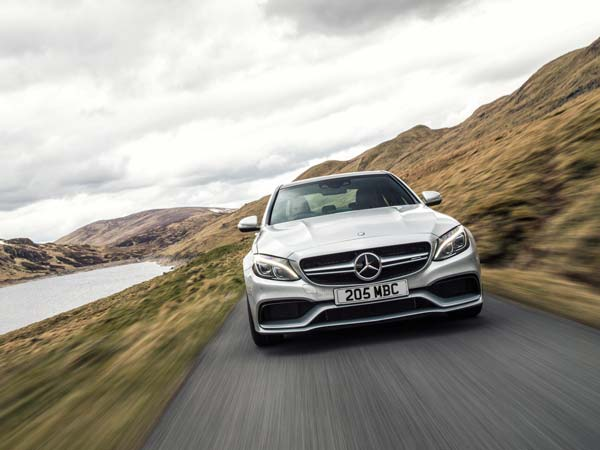 Mercedes leads the luxury car market