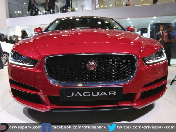auto expo 2016 jaguar xe launched in india prices start. Black Bedroom Furniture Sets. Home Design Ideas