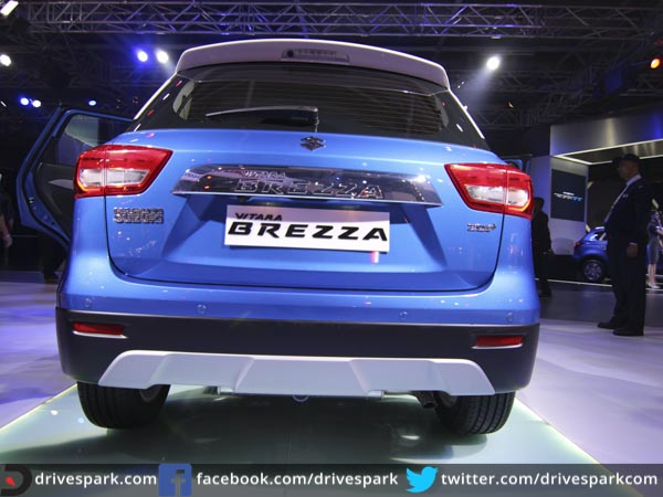 maruti suzuki vitara brezza first look review drivespark news. Black Bedroom Furniture Sets. Home Design Ideas