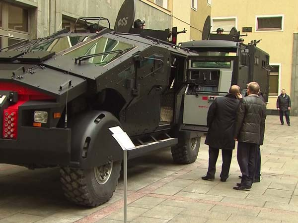 Russia Reveals Its Latest Super Defence Vehicles