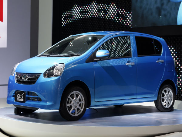 toyota to sell daihatsu cars