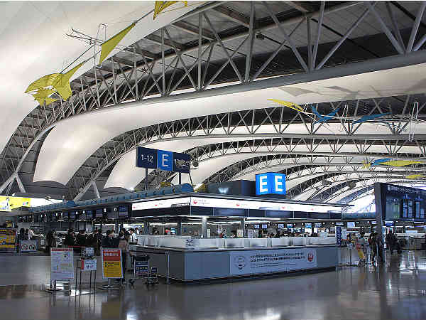 9. Kansai International Airport (Japan)