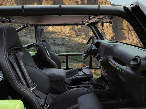 jeep wrangler trailcat unveiled with hellcat engine 3