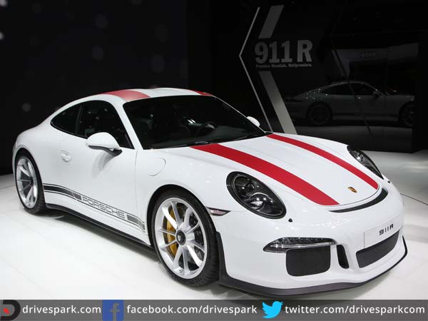 porsche 911 r front three quarter profile