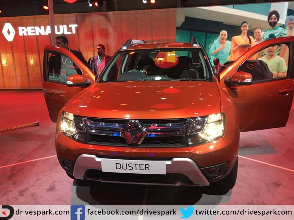 renault duster launched in india prices start at rs lakh drivespark. Black Bedroom Furniture Sets. Home Design Ideas