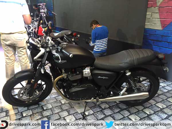 Triumph Bonneville Street Twin Mumbai Launch Details Drivespark News