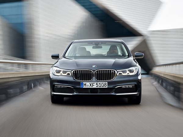 bmw 7 series front profile