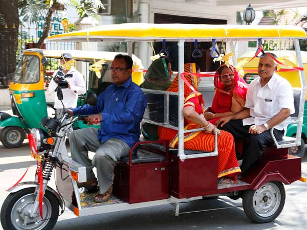 road king electric rickshaw