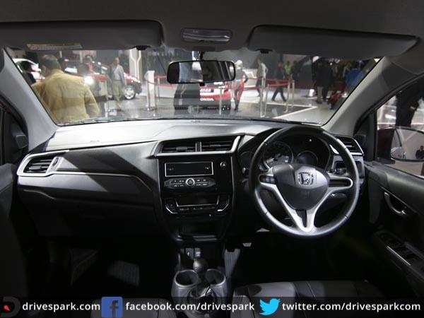 Honda Brv 2019 >> Honda BR-V Interior And Exterior Image Gallery - DriveSpark News