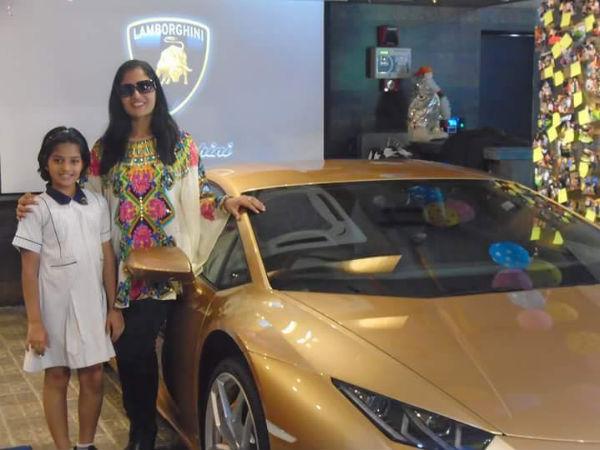 world 39 s first oro elios lamborghini comes to kolkata drivespark. Black Bedroom Furniture Sets. Home Design Ideas