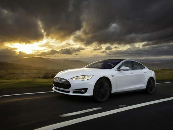 fully electric tesla model s