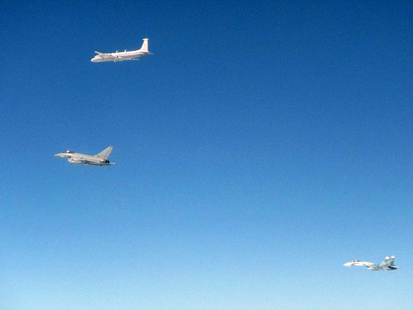 eurofighter intercepts russian planes