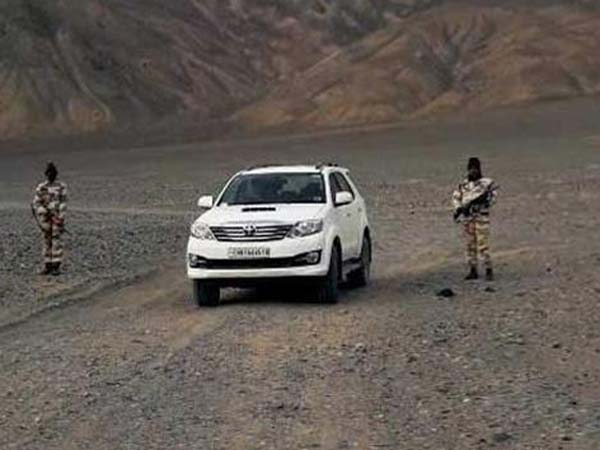 Toyota Fortuner And Ford Endeavour Inducted To Indian Armed Forces