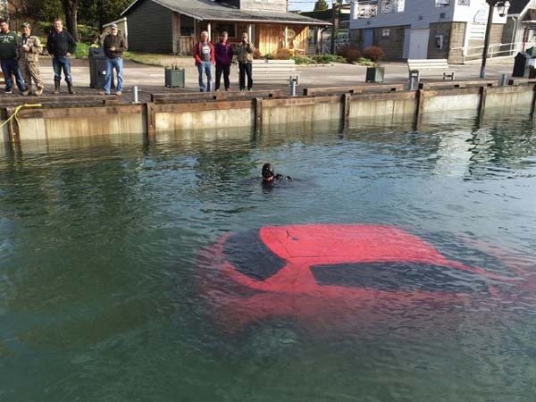 woman ends up in lake following gps