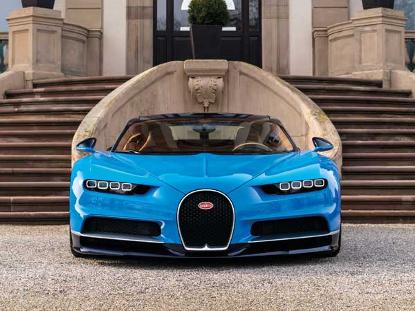 bugatti chiron to attempt top speed record drivespark news. Black Bedroom Furniture Sets. Home Design Ideas
