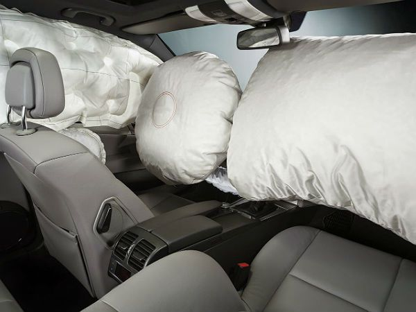 vehicle airbags