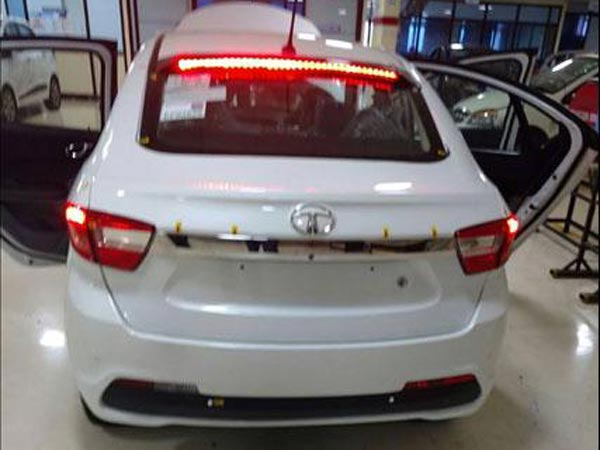 tata kite 5 spy pic rear