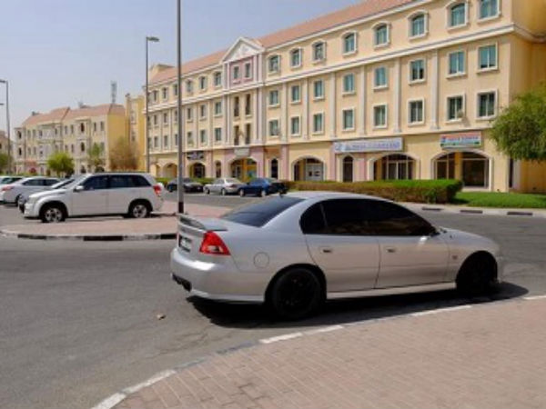 nri engineer pays dh1000 in parking fines