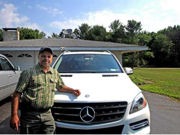 indian american who sued mercedes dealership